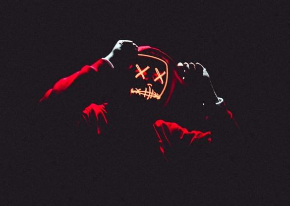 creepy-hoodie-horror-1690081.jpg